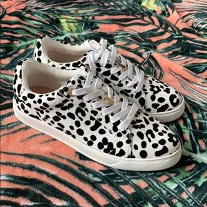 TOPSHOP Spotted Lace Up Sneakers Size 7.5 NEW